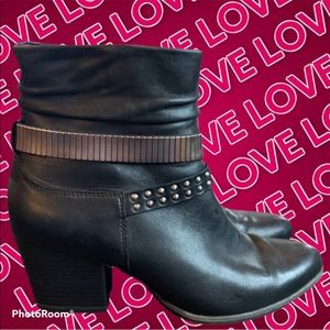 Vintage Tamaris Ankle Boots W Studded wraps